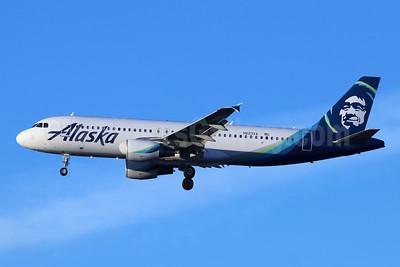 Alaska Airlines Airbus A320-214 N623VA (msn 2740) LAX (Michael B. Ing). Image: 945045.
