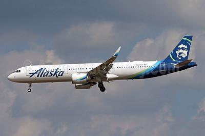 Alaska Airlines Airbus A321-253N WL N928VA (msn 8246) DCA (Brian McDonough). Image: 943307.