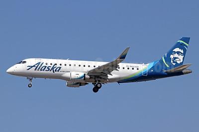 Alaska Horizon (Horizon Air) Embraer ERJ 170-200LR (ERJ 175) N622QX (msn 17000651) LAX (Michael B. Ing). Image: 943851.