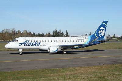 Alaska Horizon (Horizon Air) Embraer ERJ 170-200LR (ERJ 175) N644QX (msn 17000767) PAE (Nick Dean). Image: 946170.