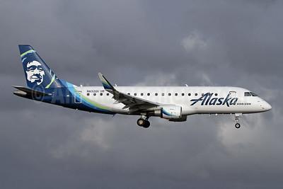 Alaska Horizon (Horizon Air) Embraer ERJ 170-200LR (ERJ 175) N632QX (msn 17000718) PAE (Nick Dean). Image: 946207.