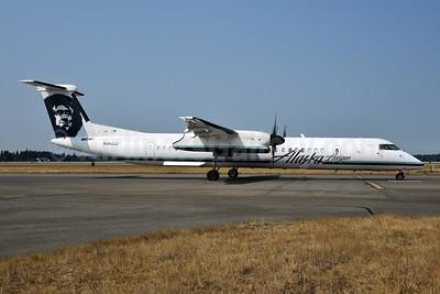 Alaska Horizon (Horizon Air) Bombardier DHC-8-402 (Q400) N442QX (msn 4352) SEA (Bruce Drum). Image: 104693.