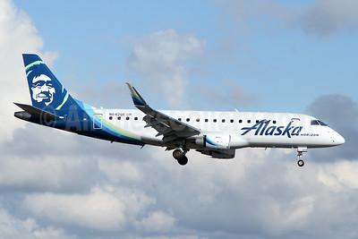 Alaska Horizon (Horizon Air) Embraer ERJ 170-200LR (ERJ 175) N642QX (msn 17000762) PAE (Nick Dean). Image: 945929.