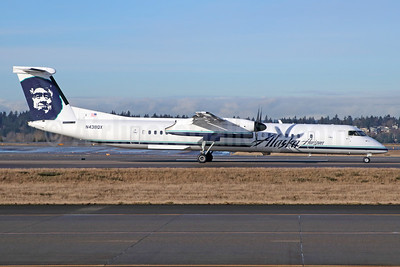 Alaska Horizon (Horizon Air) Bombardier DHC-8-402 (Q400) N438QX (msn 4243) SEA (Michael B. Ing). Image: 940660.