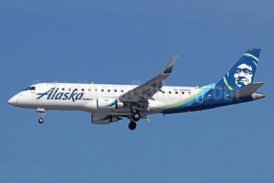 Alaska SkyWest (SkyWest Airlines) Embraer ERJ 170-200LR (ERJ 175) N193SY (msn 17000690) LAX (Michael B. Ing). Image: 940996.