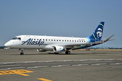 Alaska SkyWest (SkyWest Airlines) Embraer ERJ 170-200LR (ERJ 175) N178SY (msn 17000555) SEA (Bruce Drum). Image: 104695.