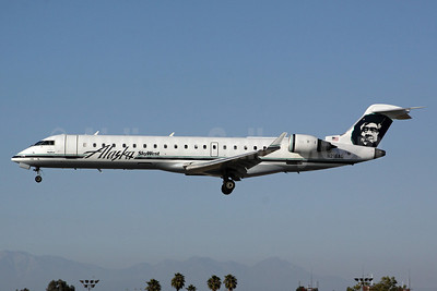 Alaska SkyWest (SkyWest Airlines) Bombardier CRJ700 (CL-600-2C10) N216AG (msn 10023) LGB (Michael B. Ing). Image: 906567.