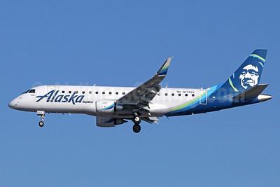 Alaska SkyWest (SkyWest Airlines) Embraer ERJ 170-200LR (ERJ 175) N179SY (msn 17000565) SNA (Michael B. Ing). Image: 938862.