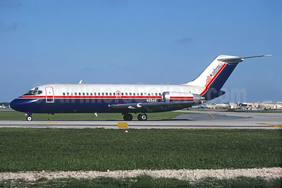 Airline Color Scheme - Introduced 1983 - Best Seller