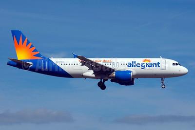 Allegiant Air Airbus A320-214 N217NV (msn 1347) (Travel is our deal) SFB (Bruce Drum). Image: 103852.