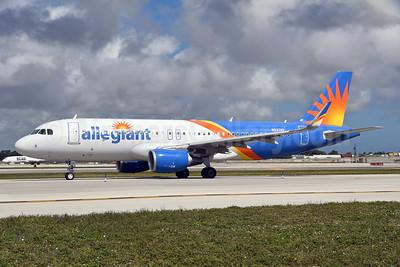 Allegiant Air Airbus A320-214 WL N247NV (msn 7704) FLL (Bruce Drum). Image: 104577.
