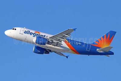 Allegiant Air Airbus A319-111 N317NV (msn 2477) LAX (Michael B. Ing). Image: 944028.