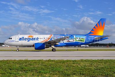 "Allegiant's 2015 ""Visit Florida"" postcards special livery"
