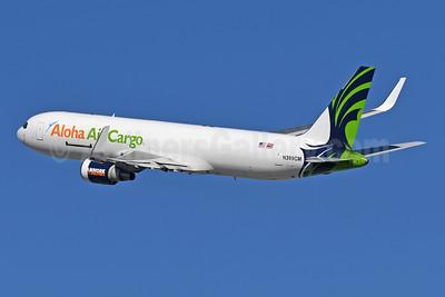 Aloha Air Cargo (ATI) Boeing 767-323 (F) N399CM (msn 25451) LAX (Robbie Shaw). Image: 945871.