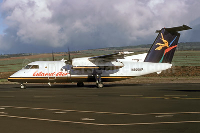 Island Air (Aloha) de Havilland Canada DHC-8-102 Dash 8 N806WP (msn 357) JHM (Rolf Wallner). Image: 941439.