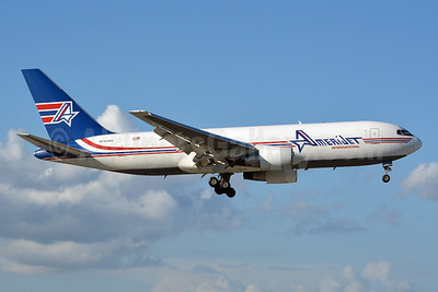 AmeriJet International Boeing 767-232 (F) N743AX (msn 22218) MIA (Jay Selman). Image: 402198.