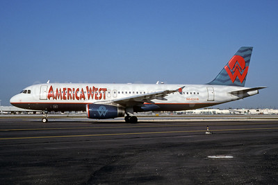 America West Airlines Airbus A320-232 N640AW (msn 448) MIA (Bruce Drum). Image: 102697.