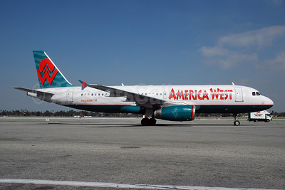 America West Airlines Airbus A320-231 N629AW (msn 076) LAX (Bruce Drum). Image: 100495.