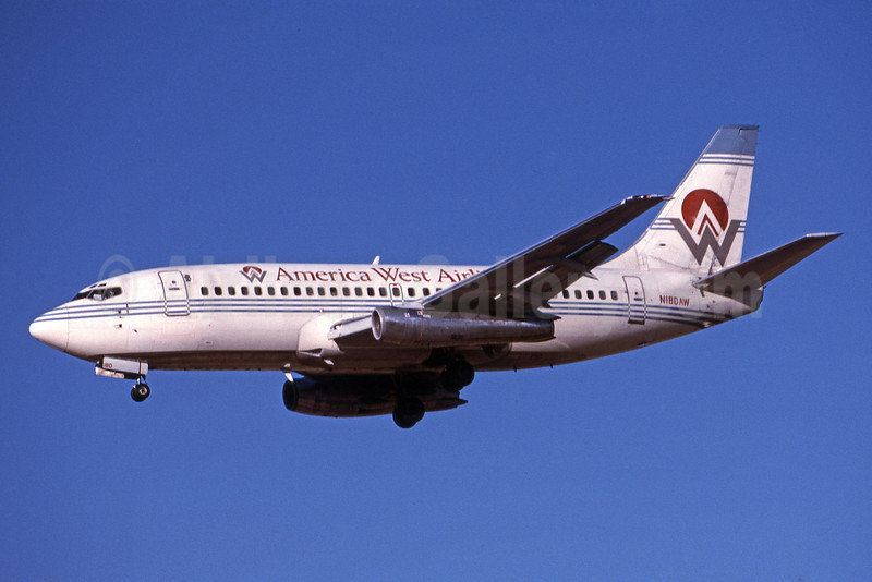 America West Airlines Boeing 737-277 N180AW (msn 22647) PHX (Bruce Drum). Image: 101086.