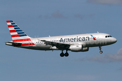 American Airlines Airbus A319-112 N702UW (msn 896) DCA (Brian McDonough). Image: 923085.
