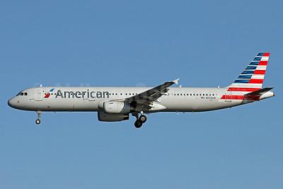 American Airlines Airbus A321-231 N558UW (msn 5282) IAD (Brian McDonough). Image: 935573.