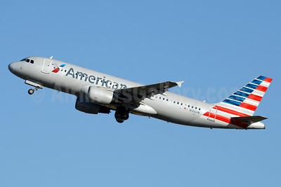 American Airlines Airbus A320-214 N126UW (msn 4149) CLT (Jay Selman). Image: 403286.