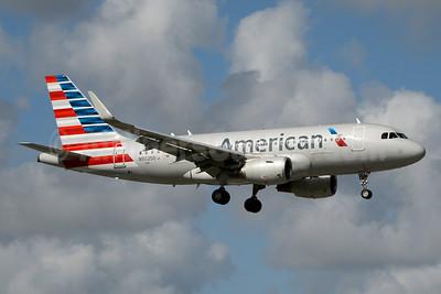 American Airlines Airbus A319-115 WL N9025B (msn 6393) MIA (Jay Selman). Image: 403461.