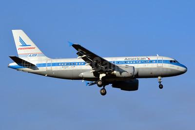 American Airlines Airbus A319-112 N744P (msn 1287) (Piedmont 1974 retrojet) CLT (Jay Selman). Image: 402726.