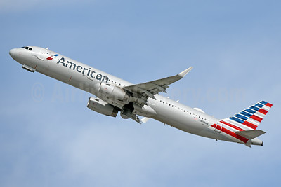 American Airlines Airbus A321-231 WL N158AN (msn 7009) LAX (Jay Selman). Image: 403979.