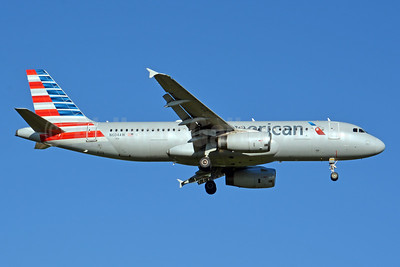American Airlines Airbus A320-232 N604AW (msn 1196) CLT (Jay Selman). Image: 403977.