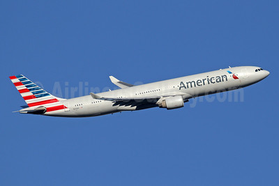 American Airlines Airbus A330-323 N274AY (msn 342) LHR (SPA). Image: 942046.