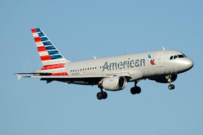 American Airlines Airbus A319-112 N700UW (msn 885) DCA (Jay Selman). Image: 403913.