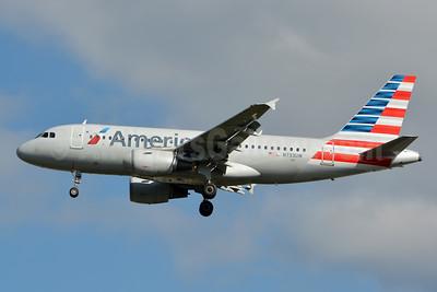 American Airlines Airbus A319-112 N733UW (msn 1205) CLT (Jay Selman). Image: 402778.