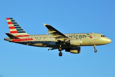 American Airlines Airbus A319-112 N714US (msn 1046) RDU (Ken Petersen). Image: 929455.