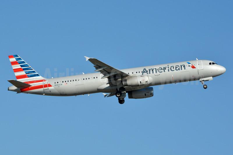 American Airlines Airbus A321-231 N582UW (msn 6175) CLT (Jay Selman). Image: 403197.