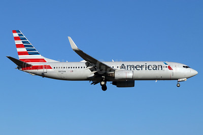 American Airlines Boeing 737-823 WL N979AN (msn 29568) SNA (Michael B. Ing). Image: 948470.