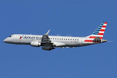 American Airlines Embraer ERJ 190-100 IGW N956UW (msn 19000156) DCA (Brian McDonough). Image: 938794.