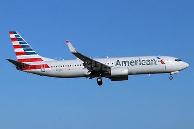 American Airlines Boeing 737-800 WL N317PG (msn 33344) SNA (Michael B. Ing). Image: 948468.