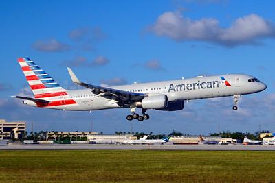 American Airlines Boeing 757-223 WL N190AA (msn 32384) MIA (Jay Selman). Image: 403681.