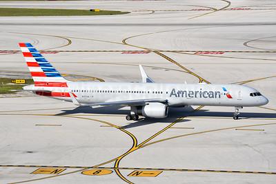 American Airlines Boeing 757-223 WL N197AN (msn 32391) MIA (Bruce Drum). Image: 104367.