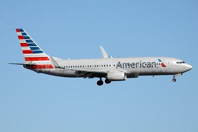 American Airlines Boeing 737-823 WL N896NN (msn 33224) DCA (Jay Selman). Image: 403583.