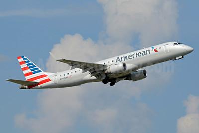 American Airlines Embraer ERJ 190-100 IGW N967UW (msn 19000211) CLT (Jay Selman). Image: 403272.