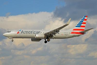American Airlines Boeing 737-823 WL N963NN (msn 31208) MIA (Bruce Drum). Image: 104442.