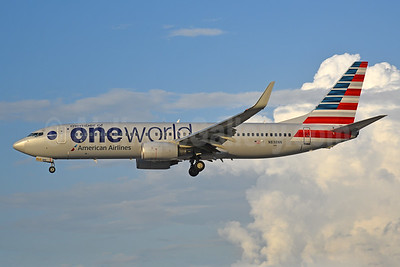 American Airlines Boeing 737-823 WL N838NN (msn 31097) (Oneworld) MIA (Bruce Drum). Image: 104434.