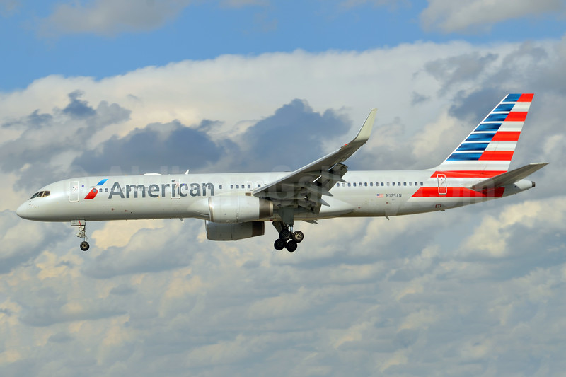 American Airlines Boeing 757-223 WL N175AN (msn 32394) MIA (Bruce Drum). Image: 104441.