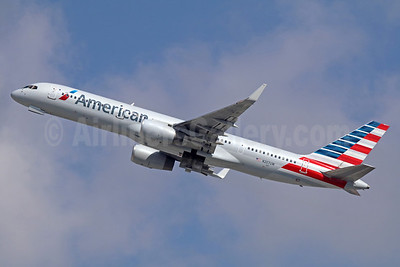 American Airlines Boeing 757-28A WL N207UW (msn 32448) LAX (Michael B. Ing). Image: 935744.