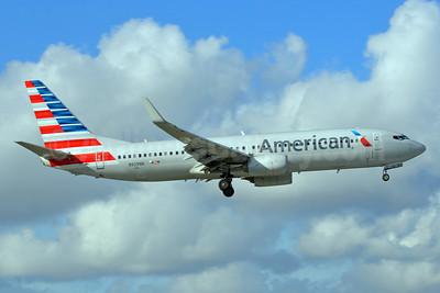American Airlines Boeing 737-823 WL N929NN (msn 33322) MIA (Bruce Drum). Image: 104631.