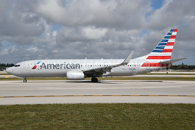 American Airlines Boeing 737-823 WL N984NN (msn 31234) FLL (Bruce Drum). Image: 104632.