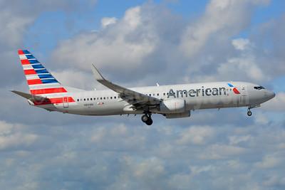 American Airlines Boeing 737-823 WL N881NN (msn 31135) MIA (Bruce Drum). Image: 104628.