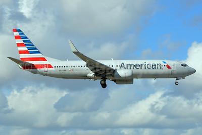 American Airlines Boeing 737-823 WL N928NN (msn 31172) MIA (Bruce Drum). Image: 104630.